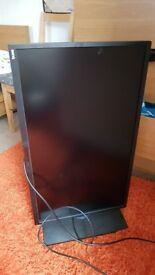 BenQ 32 inch UHD Designer Monitor (swivels 90 degrees) - mint condition