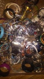 Jewellery beads hundreds pieces all in colours and bag of bangles please read below