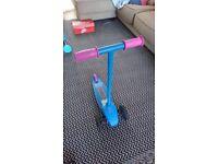 LittleTikes tilt and lean three wheel scooter