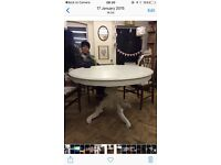 Lovely Shabby Chic Round Dining Table (WHITE)