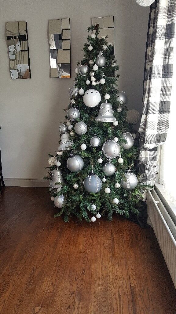 8ft christmas tree fully decorated with lights and fireplace garland - Fully Decorated Christmas Tree