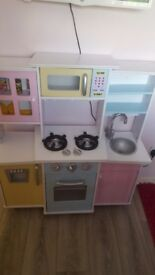 Kidscraft kitchen