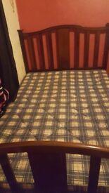 solid mahogony bed