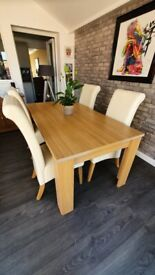 BARGAIN DINING ROOM TABLE AND 6 CHAIRS