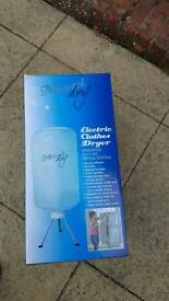 Electric clothes drier/ airer