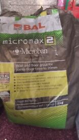 Micromax 2 Black Wall and Floor Grout 5kg bag