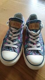 Floral Converse All Stars size 3 (36)