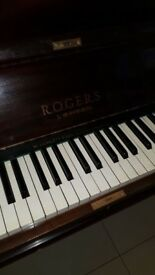 Rogars Piano for sale