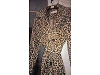 womans long leapord print coat