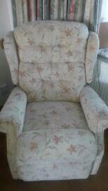 Manually Reclining Chair