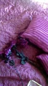 Bedding & matching curtains