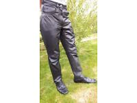 Leather trousers - unisex - size 10 - waist 30 inches