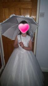 Stunning commumion dress size 8