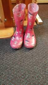 Girls wellies size 10