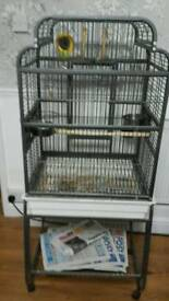 Bird cage excellent condition