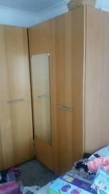 5 doors Wardrobes