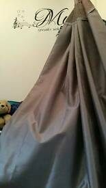 Curtains silver eyelets