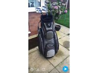 Golf taylormade bag with set taylormade 320 irons 4-Sw