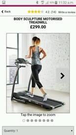 Motorised treadmill NEW