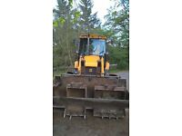 JCB 3CX, 2007yr, 4wd Sitemaster Turbo , manual 4 speed transmission, 6100hrs, great machine.