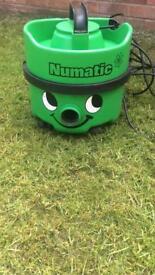 GREEN NUMATIC TWIN SPEED HENRY VAC