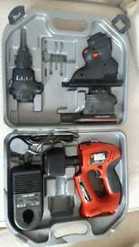 Quattro BLACK&DECKER drill/sander/jigsaw set