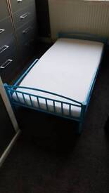 Small kids bed