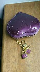 Unused purple patent coin/key purse