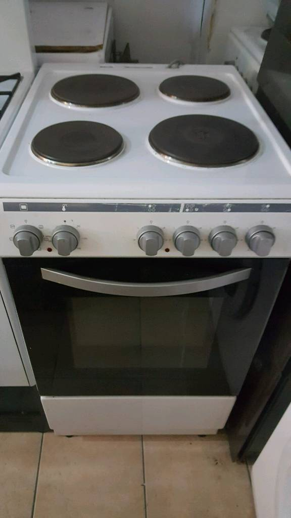 8ec26755ff37 Electric cooker only 69.99 with oven and grill