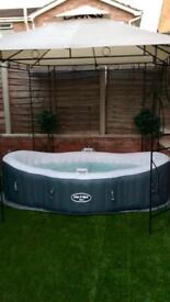 As New Lay Z Spa Siena hot tub with extras