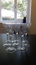 Set of 8 martini /cocktail/wine glasses with pattern