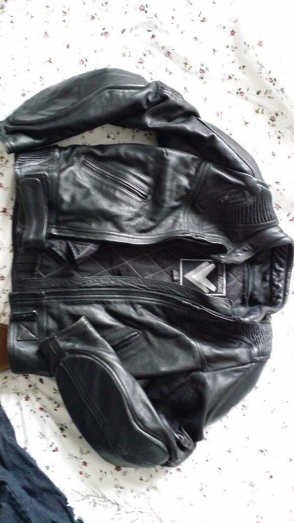 Frank Thomas black leather bike jacket size 12