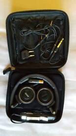 Akg noise cancelling headphones
