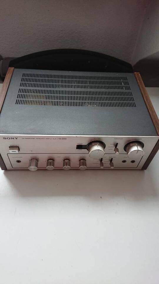 Sony Hi End Verstärker aus den 70er.TA 2650.Holzseiten. in Krefeld