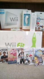Nintendo Wii Sports Bundle with Wii Fit & Mario Kart + extra controllers & other games £75