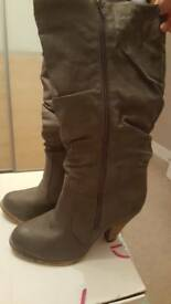 Grey cowboy look long boots size 7