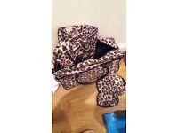 4 piece leopard print luggage set
