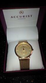 accurist watch