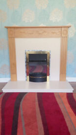 Highgrove/Valor Electric Fireplace in Natural Oak.