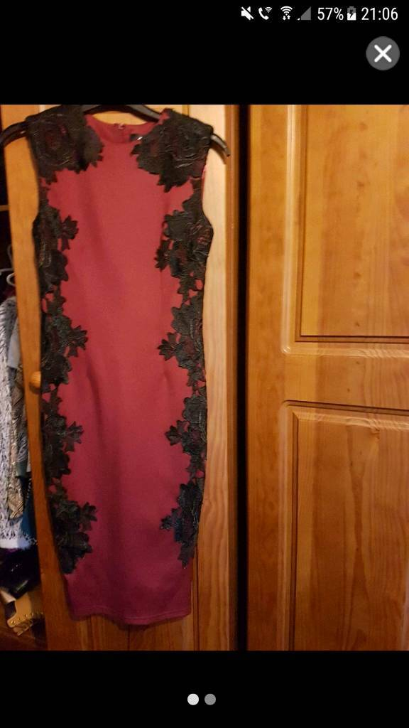 Ax paris size 8 dress burgandy red