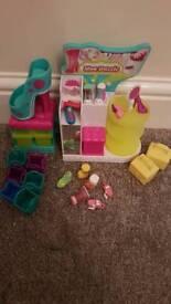 Shopkins shoe shop set