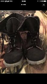 Size 7 ladies river island boots
