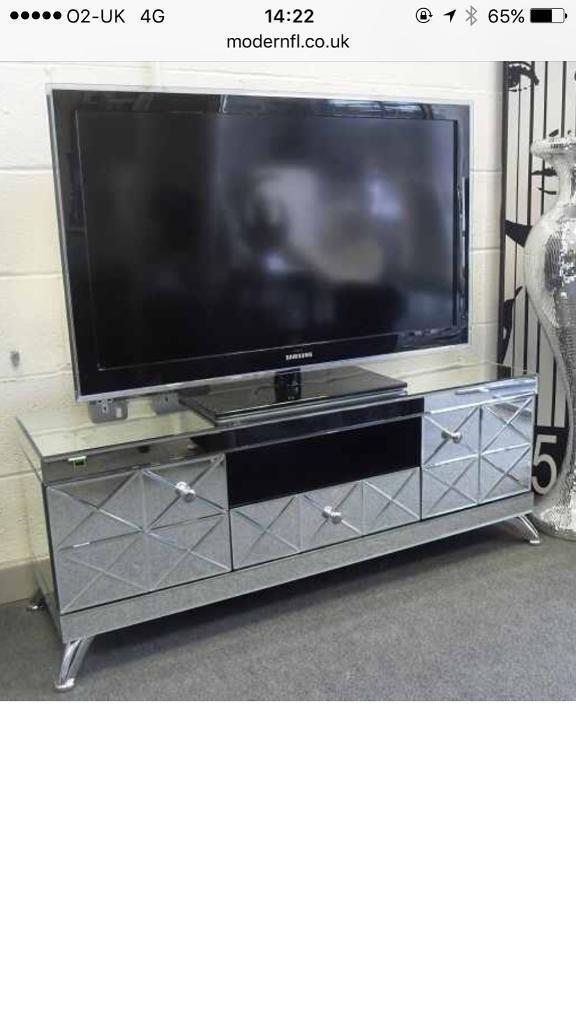 Mirrored Tv Unit