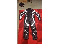 Spyke 1 piece leathers, nearly new fantastic condition.