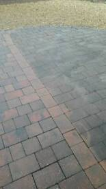 DRIVEWAY /PATIO CLEANER