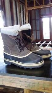 US Size 12 Mens Northside Waterproof Snow Boots Worn Once Wootton Great Lakes Area Preview