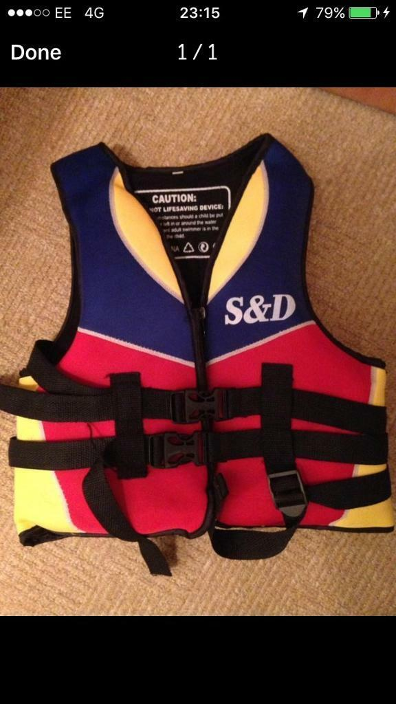 KIDS LIFEJACKET