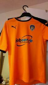 Colchester United football top
