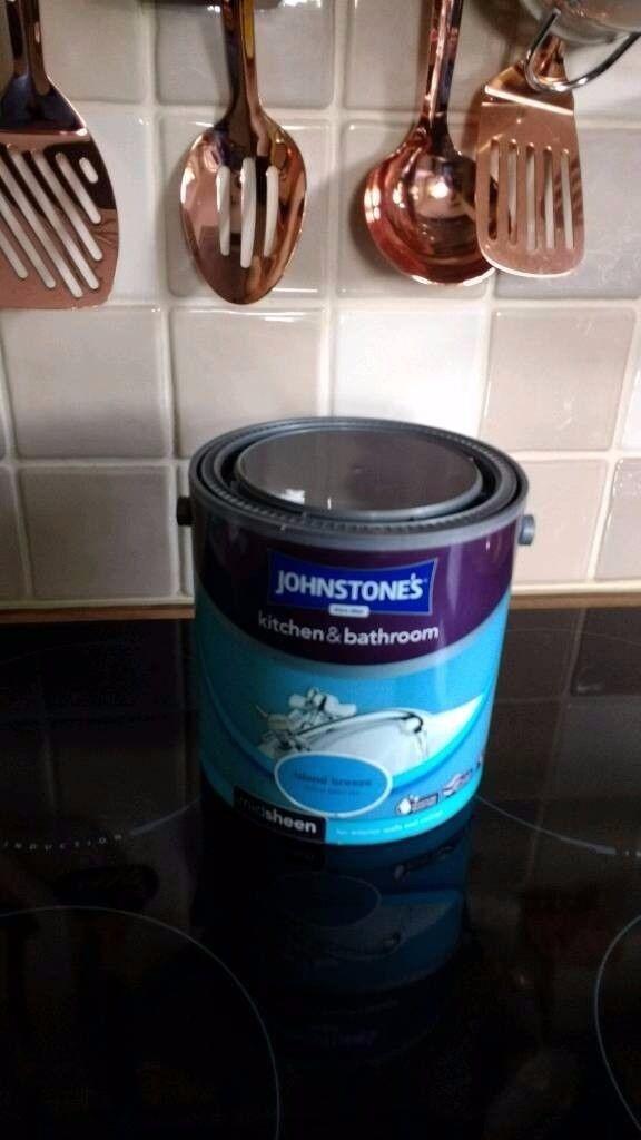 Johnstones Kitchen and Bathroom mid sheen emulsion 2.5 litres paint