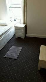 Single Room Warm cosy Private House Derby City £85 pw inc